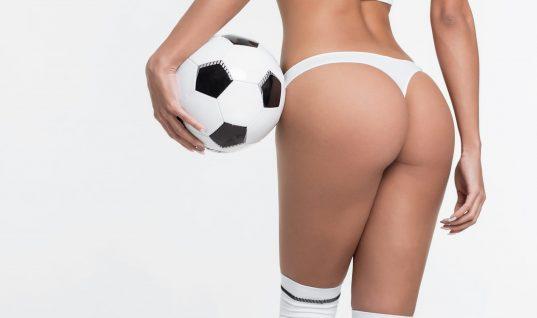 Heerlijk Russisch één-tweetje… Daar zou een heel elftal van moeten genieten!